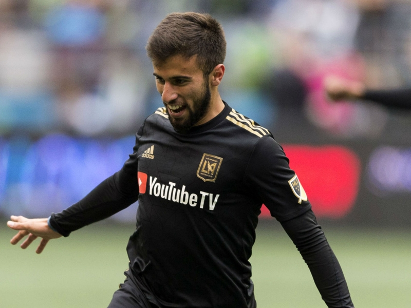 MLS Review: LAFC wins inaugural match, Galaxy top Portland