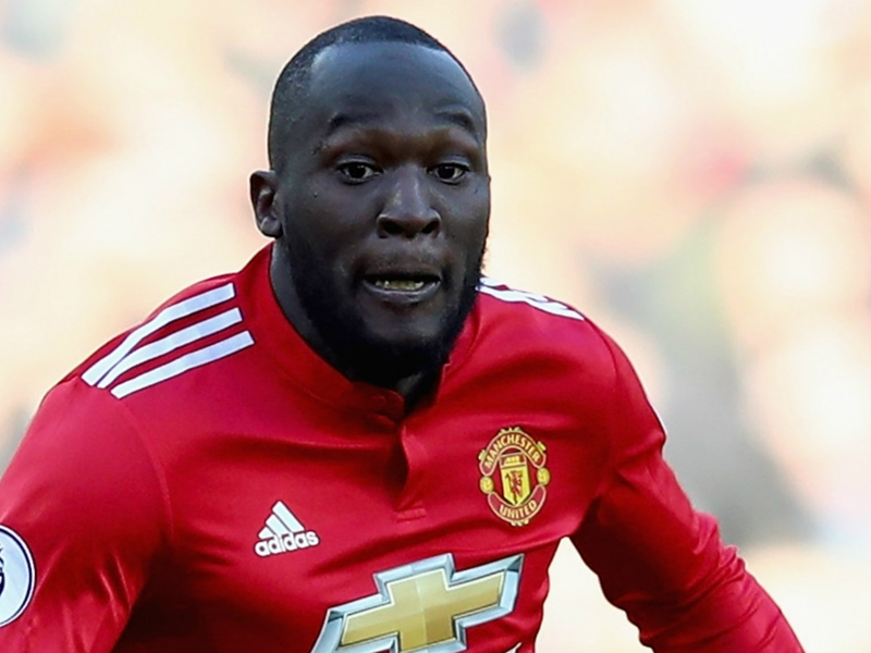 Man Utd urged by Cole to take FA Cup final gamble on 'fantastic' Lukaku