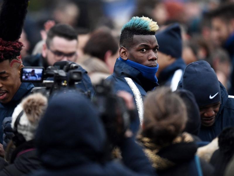 Équipe de France - En difficulté avec Mourinho, Paul Pogba doit ouvrir la parenthèse bleue