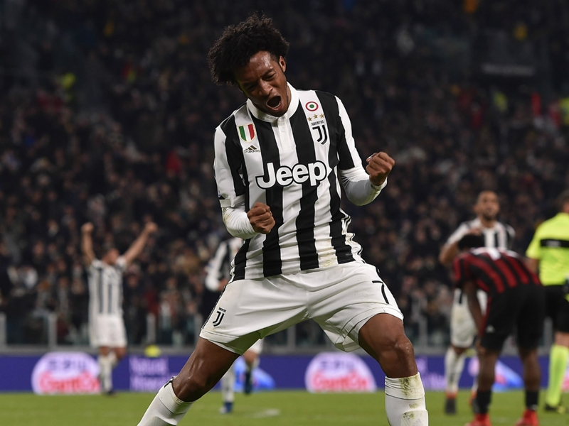 Cuadrado polls internet after Ronaldo takes shirt number