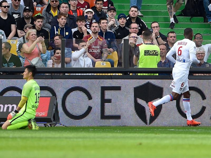 Metz-Lyon 0-5, l'OL s'impose largement chez la lanterne rouge avec un doublé de Marcelo