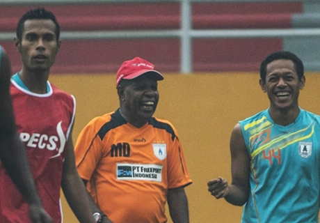 Ruben Lebih Senang Persipura Dilatih Pelatih Lokal