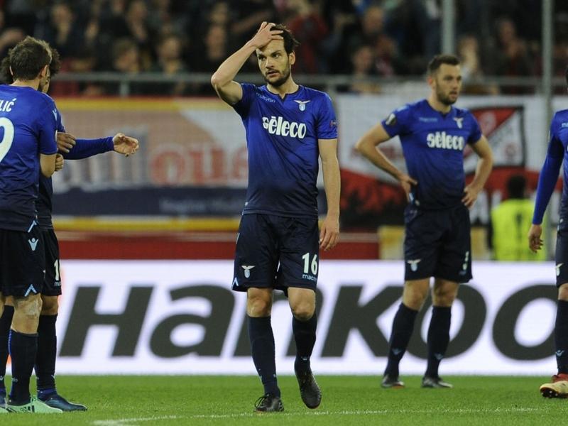 """Lazio eliminata, Parolo non ci crede: """"Siamo stati dei polli"""""""