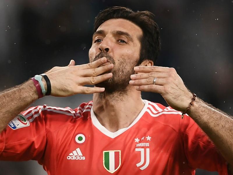 PSG make offer to double Buffon's salary