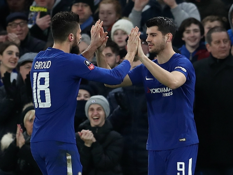 Giroud: Morata competition will help Chelsea