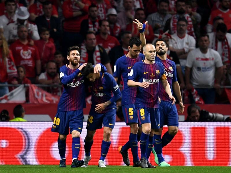 Sevilla 0 Barcelona 5: Suarez and Messi lead crushing Copa final win
