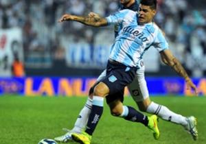 Bou, el goleador de Racing, se enfrentará contra el club donde se formó.