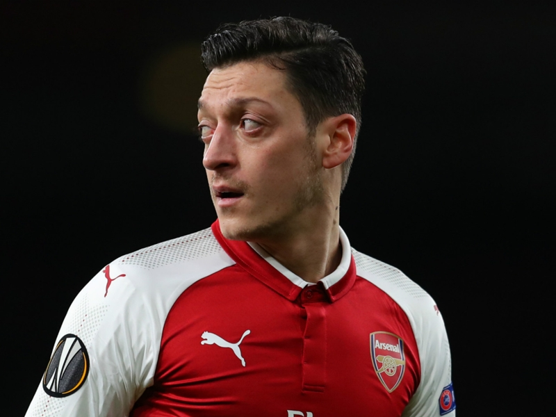 Ozil replaces Wilshere as Arsenal's new No.10