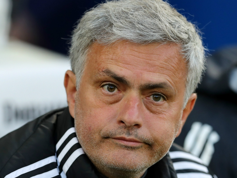 Mourinho struggling to recreate team of 'proper men' he had at Chelsea