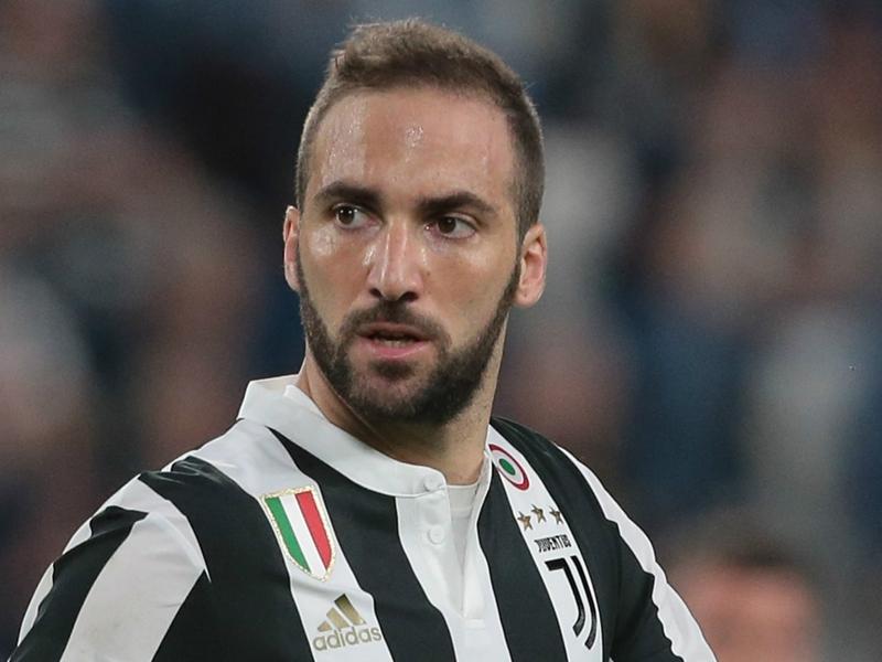 Calciomercato Milan, Higuain per l'attacco: contatto Marotta-Leonardo