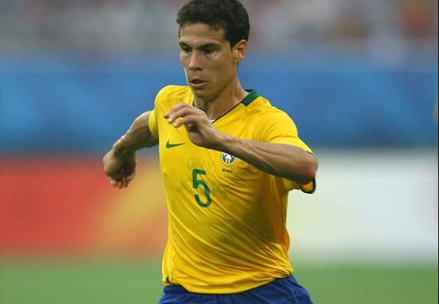 Inter, Milan & Juventus Want Sao Paulo Midfielder Hernanes - Agent