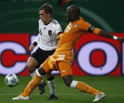 Germany - Ivory Coast: Philipp Lahm & Guy Demel (Bongarts/Getty-Images)