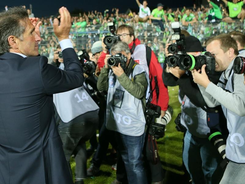 Wolfsburg se maintient en Bundesliga