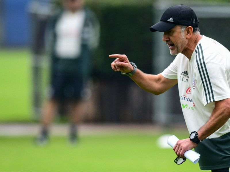 How Araujo absence, other injuries complicate Osorio's Mexico World Cup call-up