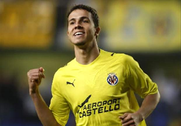 Valencia Favour Villarreal Striker Nilmar As David Villa Replacement - Report