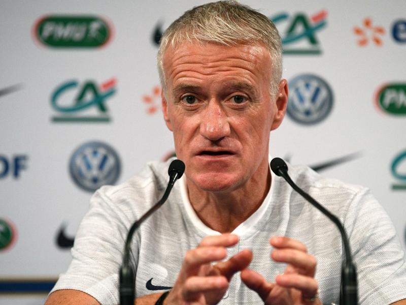 """Équipe de France - Didier Deschamps : """"Sidibé et Mendy ont besoin de réponses"""""""