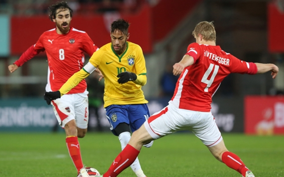 Neymar, Martin Hinteregger | Austria-Brazil | International Friendly | Ernst-Happel Stadion | 18112014