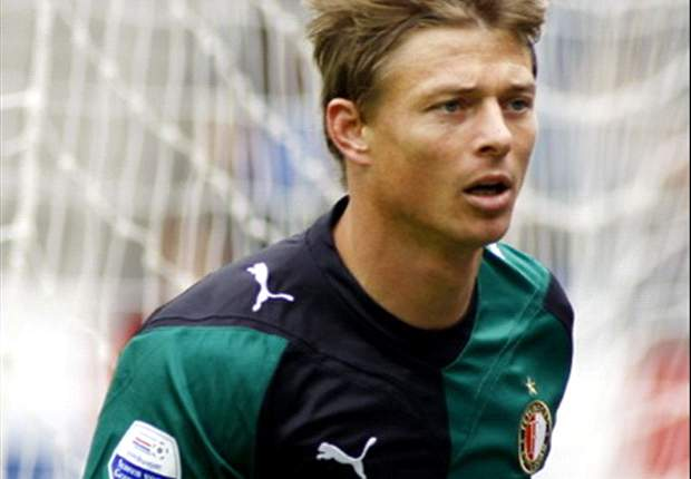 Feyenoord Attacker Jon Dahl Tomasson Sidelined For Six Weeks