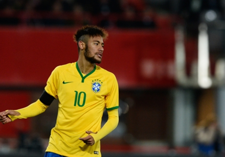'Neymar rivals Messi and Ronaldo'