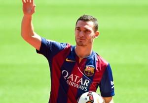 Thomas Vermaelen llegó al Barcelona con problemas musculares y no debutará con el club hasta mínimo mediados de 2015