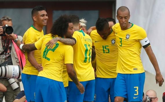 Brazil celebrate in Austria