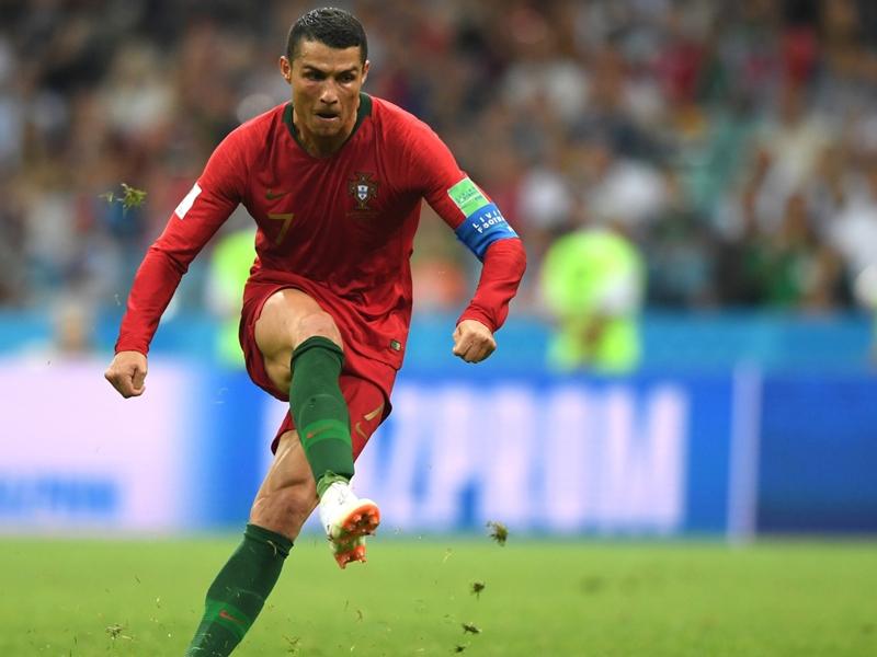 الأهداف العكسية تتفوق على رونالدو في كأس العالم