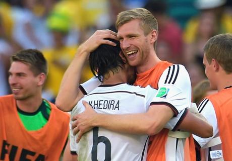 Mertesacker wants Khedira at Arsenal