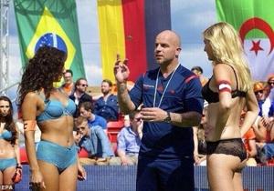 Andy Van der Meyde - Ritirato. Ha fatto parlare di sé di recente per aver arbitrato i