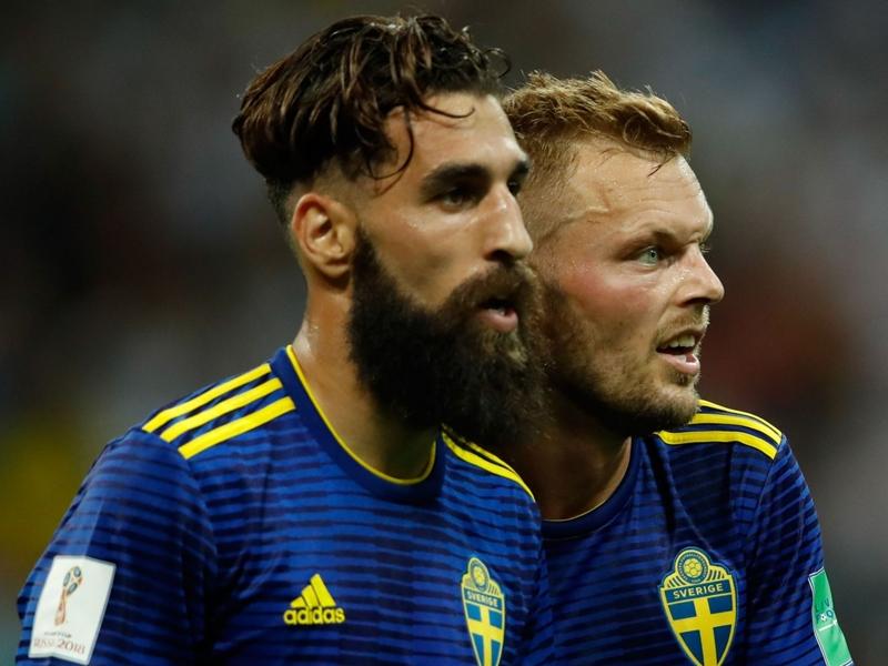 Jimmy Durmaz et la sélection suédoise se mobilisent contre le racisme