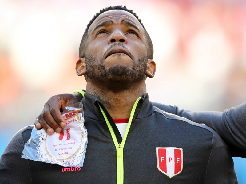 Peru's Jefferson Farfán ruled out of Socceroos clash after shocking injury