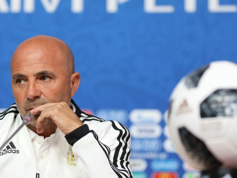 """Argentine, Sampaoli promet """"plus de ballons"""" à Messi"""