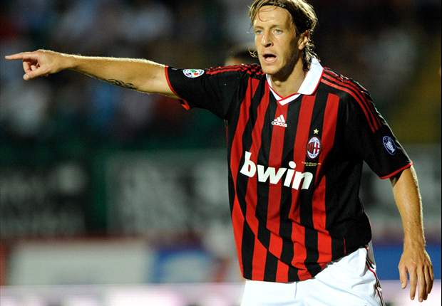Ambrosini admite que o Scudetto não está nas mãos do Milan