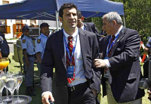 Figo: Madrid right to get rid of Mourinho