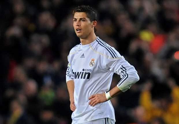 """La Imagen del Día: """"Tome, Ronaldo. Esto es para usted..."""""""
