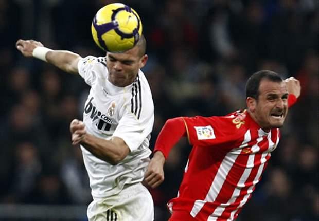 Liga: El Real Madrid necesitó la ayuda del árbitro para derrotar a un pobre Almería (4-2)