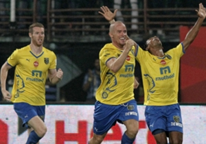 Iain Hume of Kerala Blasters FC celebrates goal during ISL match against Atletico de Kolkata