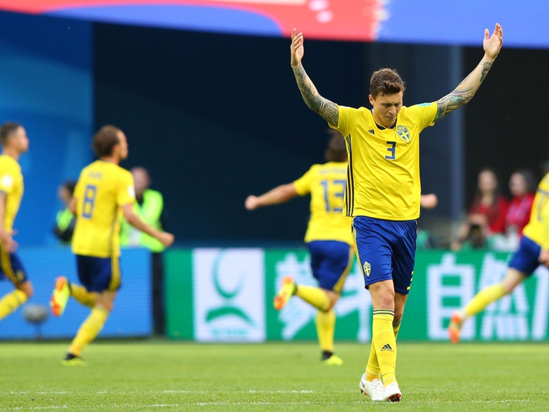 'So proud' - Lindelof thanks team-mates after being named Sweden Player of Year