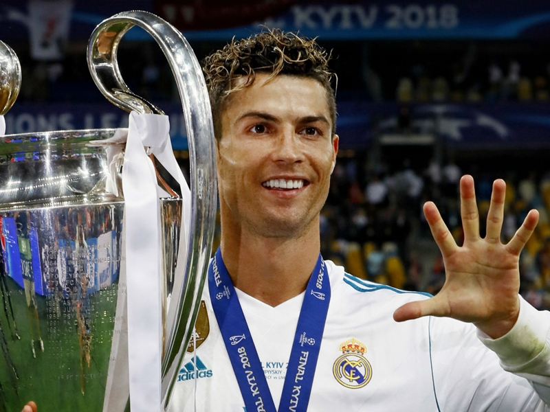 Ronaldo to Juventus would be 'great', says Can
