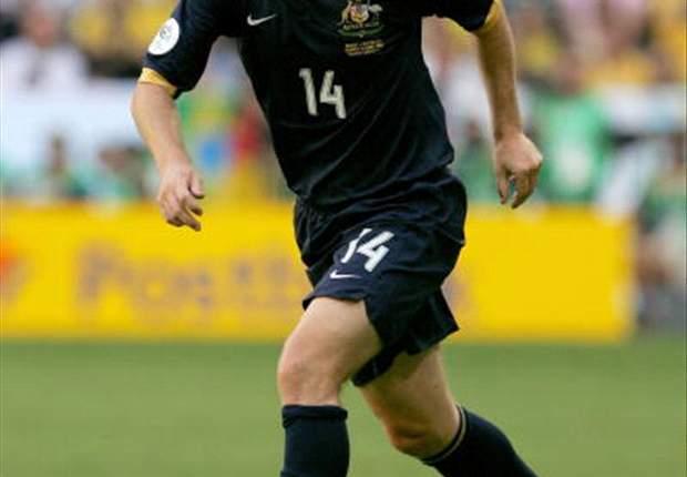 World Cup 2010: Australia's Scott Chipperfield Suffers Major Injury Blow