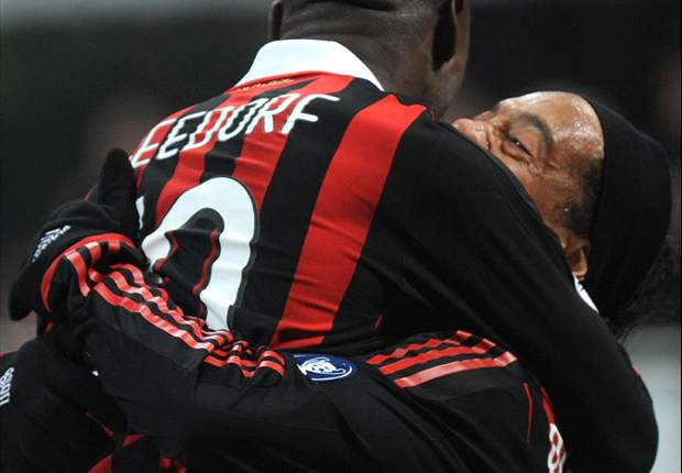 Ronaldinho, antes de enfrentar a Clarence Seedorf: Es un gran amigo, voy a darle un abrazo