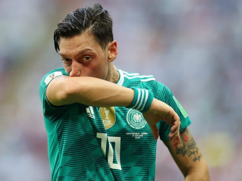 'If I was Mesut, I'd quit' – Ozil's father speaks out on Arsenal star's Germany future