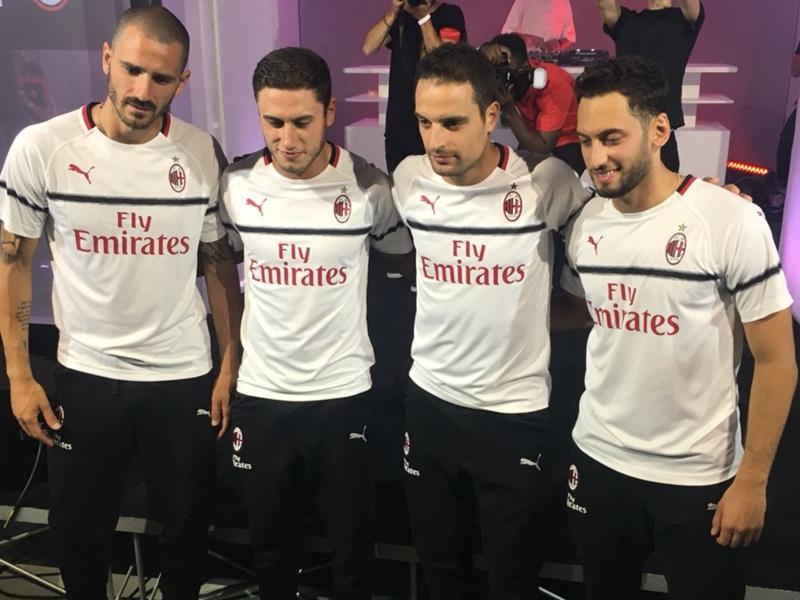 Milan, presentata la maglia da trasferta 2018-2019