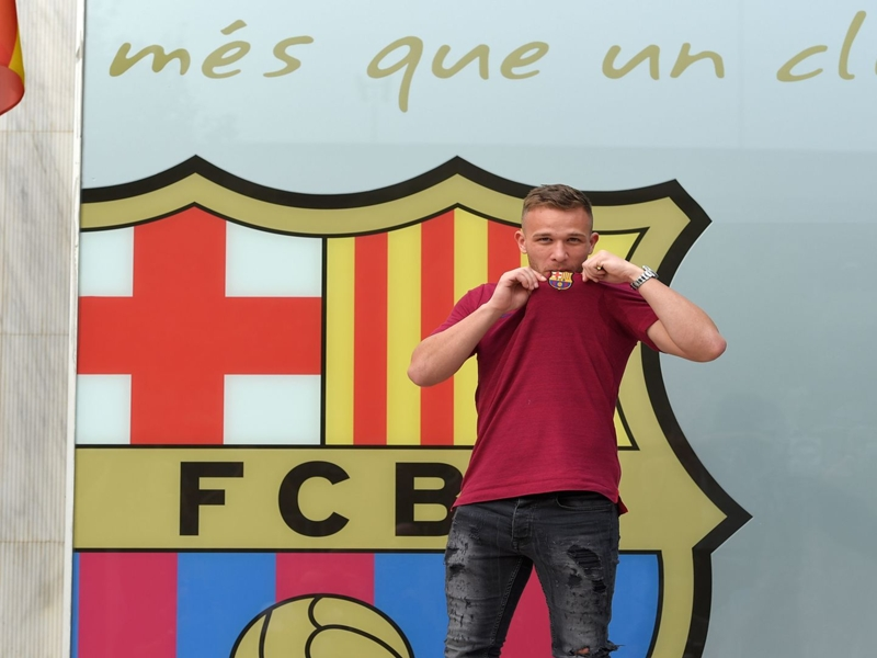 Arthur: Barcelona are the greatest team in the world