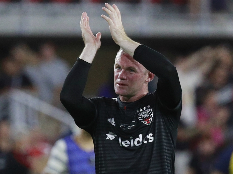 Rooney applauds England for promising World Cup campaign