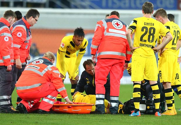 Paderborn 2-2 Borussia Dortmund: Reus injured as BVB collapse