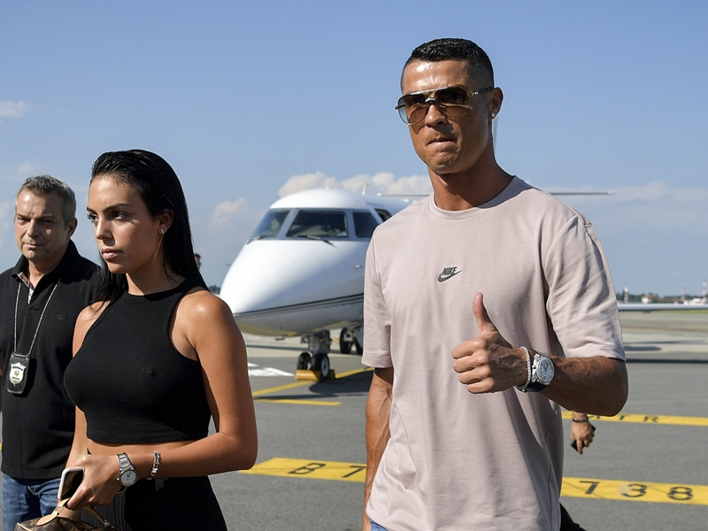 Ronaldo lands in Turin for medical ahead of sensational €100m Juventus transfer