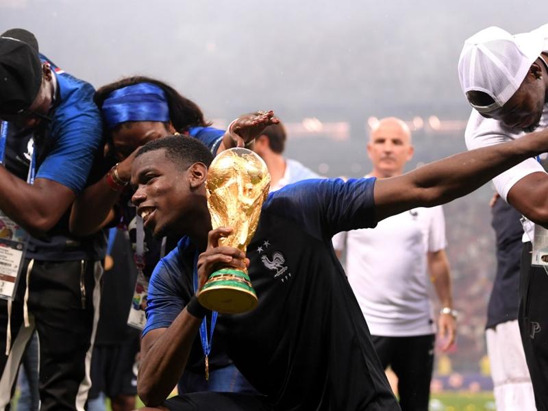Ferdinand challenges Mourinho to unleash Pogba at United