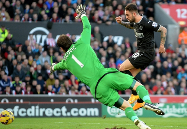 Stoke City 1-2 Burnley: Ings double secures shock win for Clarets