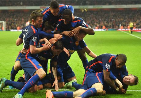 Rooney goal seals shock United win