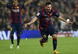 Messi marcó un hat-trick y superó a Zarra.